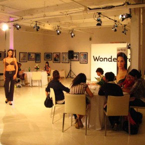 Wonderbra / Fashion Show