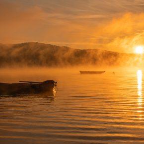 M_W50_Foggy Sunrise by the Zywiec Lake - Arkadiusz Byrtek - Austria